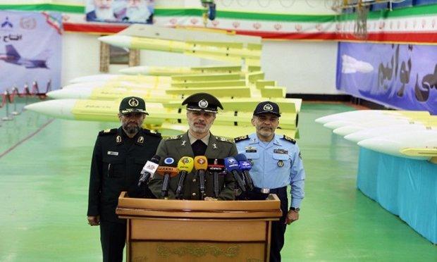 با حضور وزیر دفاع؛ خط تولید موشک هوا به هوای «فکور» افتتاح شد