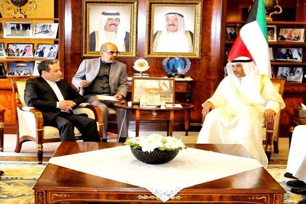 عراقچی در دیدار با وزیر خارجه کویت: سیاست تحریمی آمریکا امنیت منطقه را در خطر قرار داده است